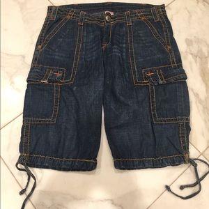True Religion blue jean cropped denim color stitch